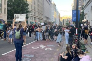 George Floyd Thousands join protests 10